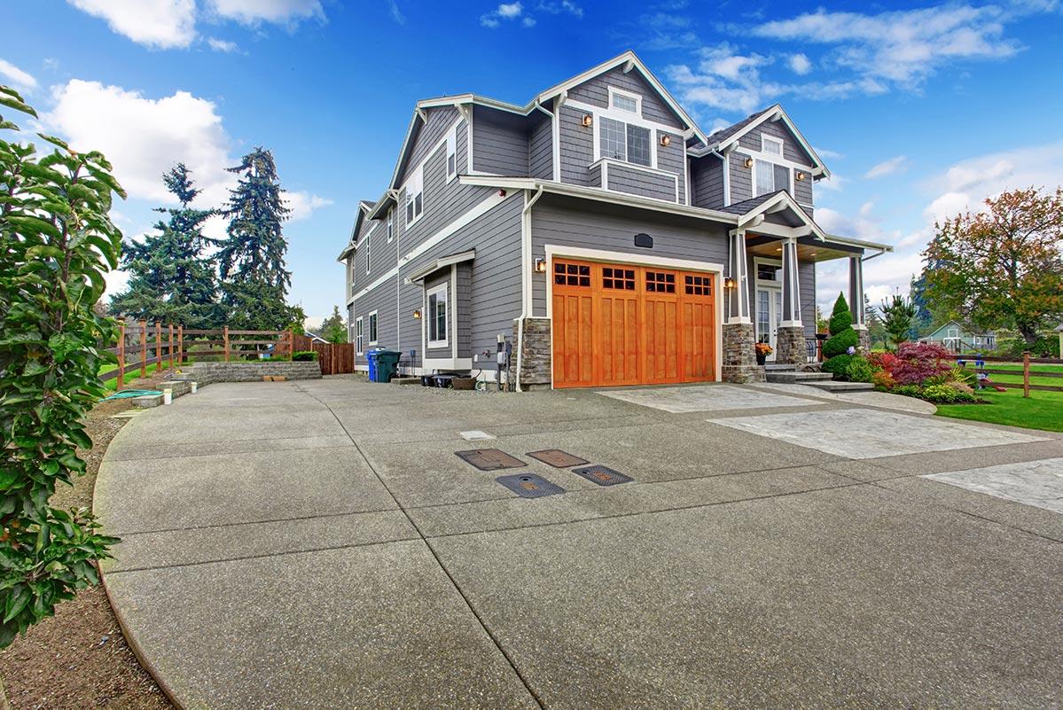 Flipping House 101 | The Overhead Door Company